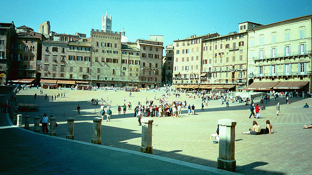Siena Piazza del Campo. Foto by Chris Yunker, Creative Commons