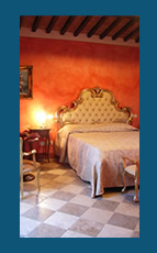 Romantic Farmhouse in Tuscany, Romantic rooms and suites