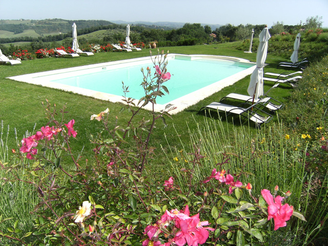 Taverna di Bibbiano, Romantic gateway in Tuscany with panoramic pool overlooking San Gimignano