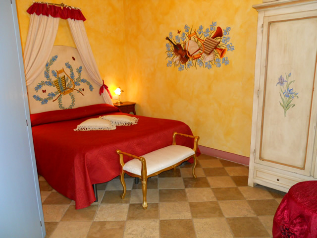 Romantic Weekends in Tuscany in Room Iris by Taverna di Bibbiano