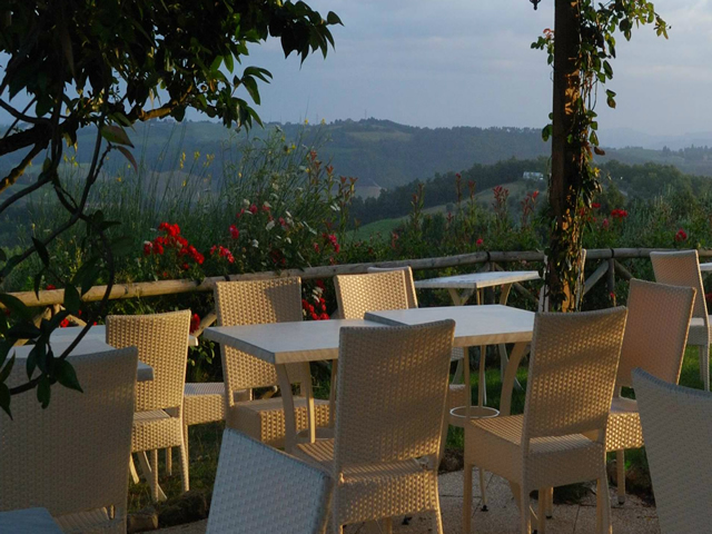 Romantic Rooms with view in San Gimignano at 15 km from Volterra near Siena and 55 km from Florence